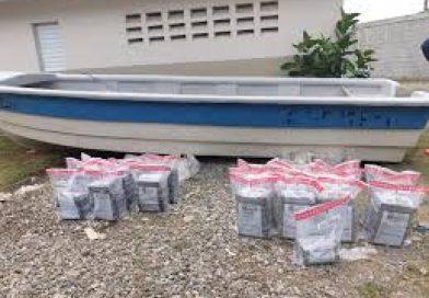 [Ciudades]Decomisan 217 kilos de cocaína en las costas de Azua